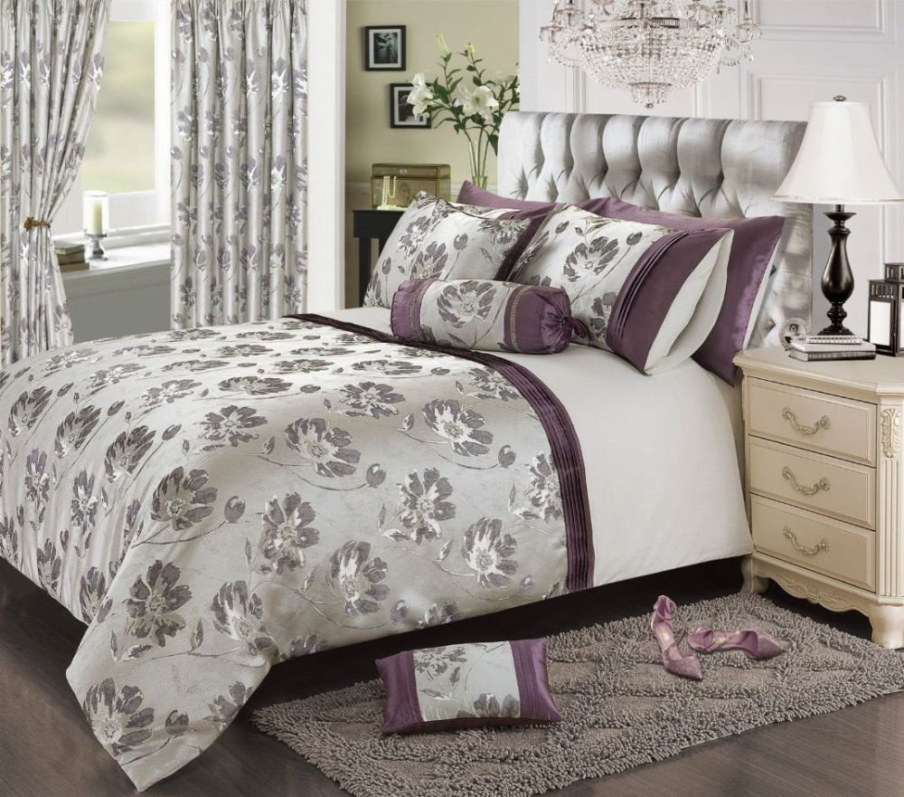Plum Mauve Colour Stylish Floral Jacquard Duvet Cover